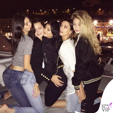 Kendall-Jenner-Bella-Hadid-Hailey-Baldwin-Gigi-Hadid-Costa-Azzurra